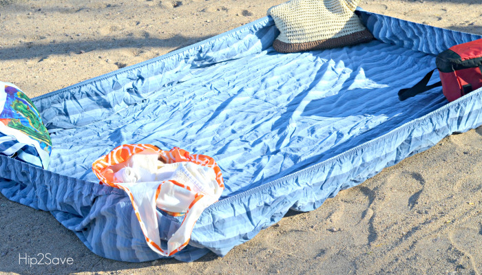 fitted-sheet-beach-trick